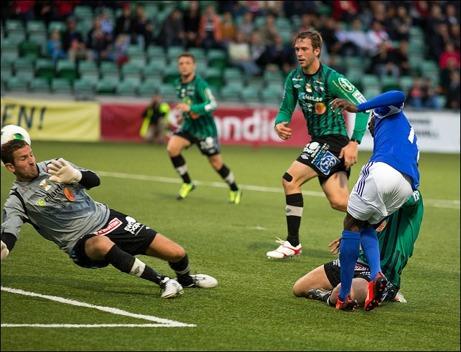 Pa Amat Dibba placerar in viktiga 2-2-bollen när Giffarna vände hemma mot Varbergs BoIS från 1-2 till 4-2...
