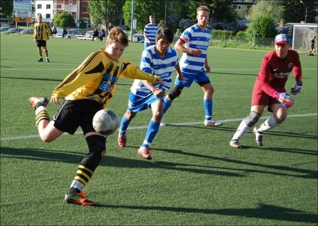 Hari Halilovic var riktigt i stöten när han kom in och gjorde både 5-0 och 7-0. Foto: Janne Pehrsson, Lokalfotbollen.nu.