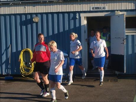 När Torpshammars damer kliver ut från omklädningsrummet nästa gång gör man det i div. II-sammanhang för första gången i klubbens historia.