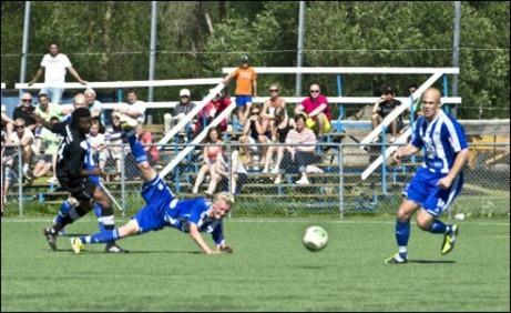 IFK Sundsvall fick hemmalaget Avesta AIK på fall och vann bortamatchen med klara 3-0. Foto: Niklas Hagman.