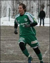 Patrik Högdahl var en av många duktiga i ett starkt Torpshammar-kollektiv och den som inledde mål-skyttet i 3-0-segern mot Holm. Foto: Björn Sjödin.