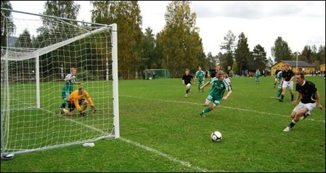 Ljunga mötte Ånge i ett div. IV-derby 2010. Det lär ta några år innan lagen möts igen i seriesammanhang känns det som.