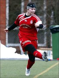 Johanna Söder bombade in matchens första mål rakt upp i krysset.