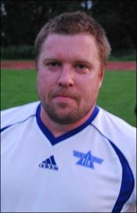 Kent Larsson klev fram och visade vägen med sina tre mål när Fränsta säkrade avancemanget till fyran. Foto: Janne Pehrsson, Lokalfotbollen.se.