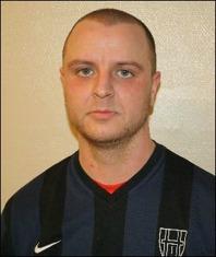 Rutinerade Peter Eckman sänkte en straff i slutminuten och säkrade antagligen nytt division 5-kontrakt för sitt Hassel.