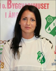 Skyttedrottningen Linnéa Cantzler svarade för två riktiga klassmål när Ånge besegrade SDFF 2 i en riktigt bra fotbolls-match på Ånge IP.