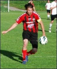 Ex-Södersspelaren Olle Nordberg tillhörde Sidsjö-Böles frontfigurer i segermatchen i Torpshammars.