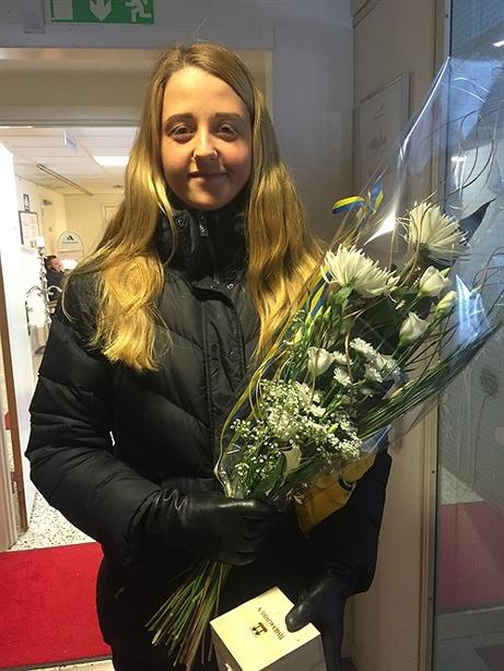 Malin Persson vann VM-guld i bandy borta i USA och Söråkers IF:s stjärna blev även utsedd till världens bästa anfallare. Fotbollen bedriver hon i IFK Timrå där det i år blir spel i division 1 Norrland. Foto: IFK Timrås hemsida.