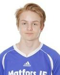 Vänsterbacken Arvid Östlund hoppade in mellan stolparna när Matfors 2:s tre målvakter hade förhinder - och 17-åringen storspelade!