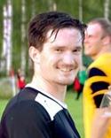 """Mattias Decker satte ett drömmål på volley med """"fel"""" fot när Torps-hammar återtog serieledningen efter seger på Hasselbacken."""