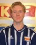 Filip Andersson Roos fick förtroendet som anfallare och tackade för förtroendet och prickade in Kovlands samtliga fem mål mot Holm.