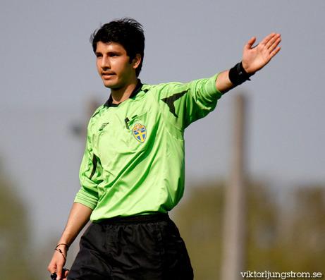 Ghaleb Rajab har dömt flest matcher i årets Medelpadsallsvenska, 17 matcher. Foto: viktorljungstrom.se