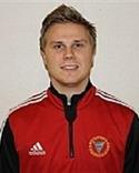 Timrås unge tränare Pontus Melander siktar på sämst kvalplats till division 1 i år.