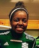 Fjolårets målspruta i Timrå, Bupe Olufunmilola Okeowo, gjorde hattrick för sin nya klubb Sunnanå i premiären.