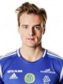 Födelsedagsbarnet Eric Larsson gjorde matchens enda mål i sexpoängsmatchen mot Halmstad.