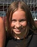 Sofie Heimer i SDFF 2 dubblade vårens målskörd då hon gjorde hattrick på Gumsekullen.