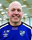 Anders Westlund, här utan skägg, siktar på seger för Kovland i toppmatchen mot Krokom/Dvärsätt.