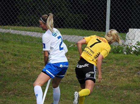Aj! Foto: Fredrik Lundgren, Lokalfotbollen.nu.