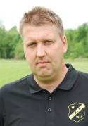 Peter Larsson-tränade Fränsta fick inte ihop fullt lag till matchen mot Selånger 3.