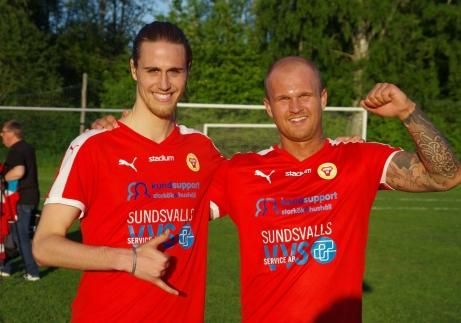Zakkaria Bel-Mekki och David Lundgren sköt segern till Sund i toppmatchen mot Kuben på Flodbergs IP. Foto: Lokalfotbollen.nu.