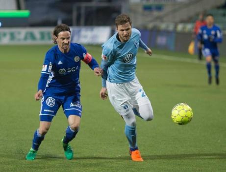 GIF Sundsvalls lagkapten Linus Hallenius slet kopiöst som ensam anfallare mot Malmö FF och var den som låg bakom forceringen till 2-2-målet med bara tre minuter kvar. Foto: Anders Thorsell, sundsvallsbilder.com.