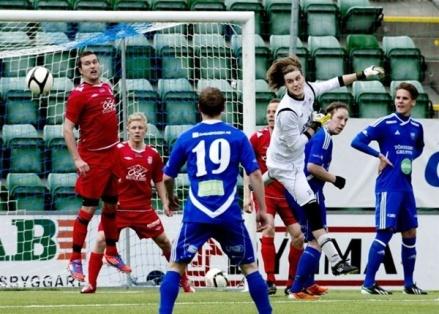 Kompetente målvakten och musikern Axel Hedenström lämnar IFK Sundsvall och återvänder till Stöde IF, en klubb han representerade senast under derass allra första säsong i trean 2013.