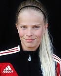 Emmie Björklund gjorde comeback efter ett och ett halvt år p g a korsbandsskada och nätade dubbelt direkt.