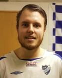 Jesper Hellström kunde i den sjätte omgången leda sina mannar till första segern.