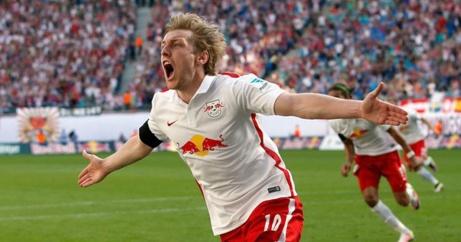 Igår gjorde Emil Forsberg mål på Hannover 96. I morgon kan han måla för GIF Sundsvall i den allsvenska premiären hemma mot Örebro tack vare en ny FIFA-regel.