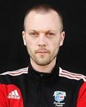 Tränaren Henrik Ytterström har tvingats använda hela 36 spelare i årets serie.