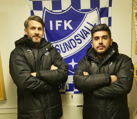 """Ifjol spelade dom ihop i Holms SK. Nu ska duon träna IFK Sundsvall. """"Två grabbar med IFK-hjärta"""", kommenterar sportchefen Mikael Kotermajer."""