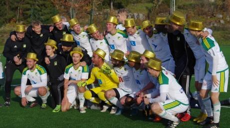 Lucksta IF vände 0-1 till en 2-1-seger på Söråkers IP och tog hem 2018 års upplaga av Medelpadsallsvenskan och spelar nästa år i division 3. Foto: Pia Skogman, Lokalfotbollen.nu.