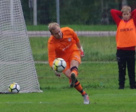 Stödes keeper Mike Novotny hade en lugn dag mellan stoplparna och höll också nollan. Foto: Pia Skogman, Lokalfotbollen.nu.