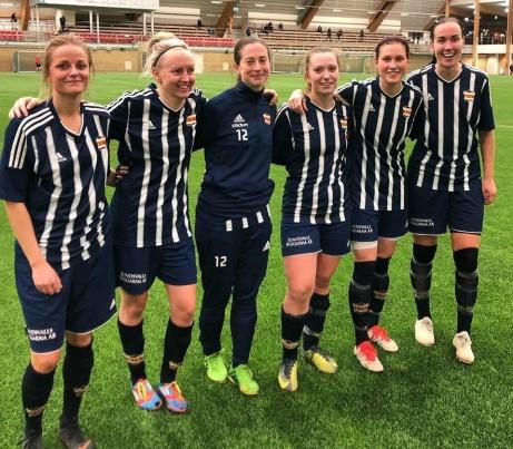 Kovlands sex måskyttar i 20-0-segern mot Njurunda i DM-kvartsfinalen. Fr v: Marlene Ejerås, Jonna Wistrand, Natalie Jonasson Colett, Emelie Birgersson, Jenny Nordenberg och Ida Markström.