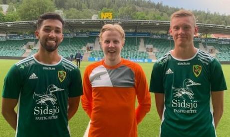 Sidsjö-Böles trio som bäddade för Louison Likitas segermål i slutminuten tack vare sina eminenta prestationer, fr v Parsa Pichkah, Petter Sjölund och Ville Bondén.