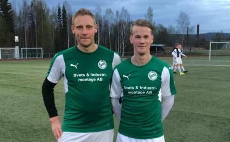 """Det var Johansson som grejade Essviks seger i premiären mot Torpshammar. """"Den gamle"""" Robert gjorde ett mål och """"Den snabbe"""" Danne stod för två."""