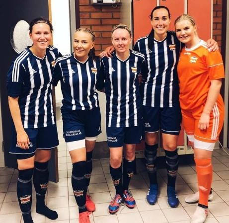 Kovlands målskyttar och målvakt nör laget skickade ut division 1-laget Team Hudik ur Svenska Cuoen. Fr v. Jenny Nordenberg, Ida Cöster, Jonna Wistrand, Ida Markström och Emelie Bergh.