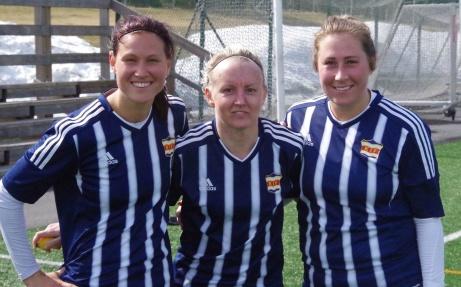 Kovlands målskyttar mot Timrå; Erica Persson (blev sedan officiellt ansett som ett självmål av Timrå), Jonna Wistrand och Jenny Nordenberg. Foto: Lokalfotbollenl.nu.