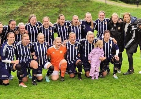 Kovlands IF:s damer som idag säkrade seriesegern i division 2 Mellersta Norrland efter 12-0 mot IFK Östersund 2. Detta trots att tre omgångar återstår!
