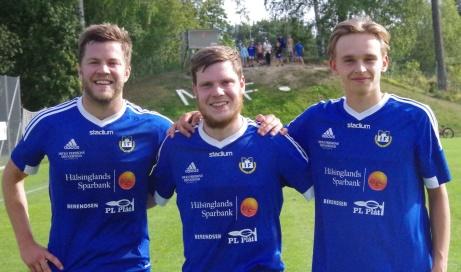 Matfors målskyttar i 3-1-segern över Essvik. Fr v Jimmy Holmgren (2-0), Andreas Eriksson (3-0, straff) och Alfred Boman (1-0). Foto: Pia Skogman, Lokalfotbollem.nu-