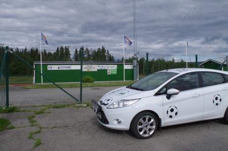 """Ånge IP:s konstgräsanläggning. Nu har även den fått besök av Lokalfotbollens kringresande lilla """"Fårrd"""". Foto: Pia Skogman, Lokalfotbollen.nu."""