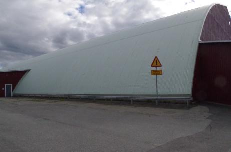Ånge IP inrymmer även Kastbergshallen där många hockeylirare stapplat sina första skridskoskär. Foto: Pia Skogman, Lokalfotbollen.nu.