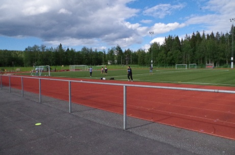 Ungdomslag i träning när Lokalfotbollen besöker Ånge IP. Foto: Pia Skogman, Lokalfotbollen.nu.