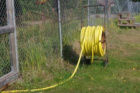 Det blir till att snacka slang när planen behöver vattnas. Foto: Pia Skogman, Lokalfotbollen.nu.