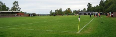 Det spelas numera bara dam- och flickfotboll på klassiska Gumsekullen. Foto: Janne Pehrsson, Lokalfotbollen.nu.