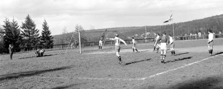 ...och ytterligare en bild från ovanstående derbyfight. Foto: Norrlandsbild.