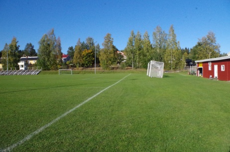 """Lutande målet på Hemmanet"". Foto: Pia Skogman, Lokalfotbollen.nu."