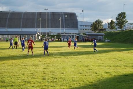 HK-vallen från öst till väst med Nordichallen i bakgrunden. Foto: Janne Pehrsson, Lokalfotbollen.nu.