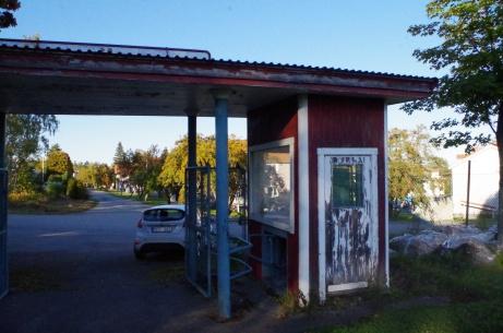 Entrén sedd från insidan. Foto: Pia Skogman, Lokalfotbollen.nu.
