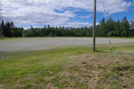 En snustorr grusplan - men inga kameler i sikte. Foto: Pia Skogman, Lokalfotbollen.nu.